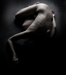 http://la-rose-noir.chez-alice.fr/BlogRoseNoire/une_nuit_girl_12_by_buzillo_stock.jpg